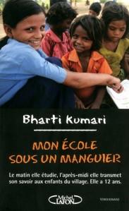 Bharti-Kumari-Mon-ecole-sous-un-manguier